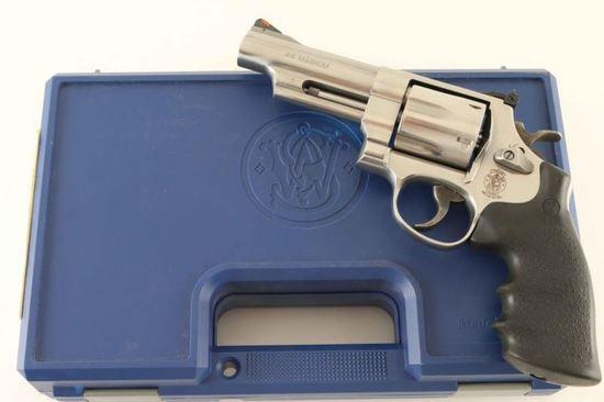 Smith & Wesson 629-6 .44 Mag SN: CTA9874