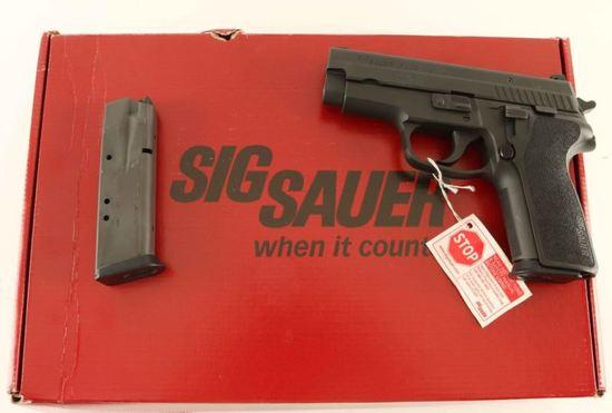 Sig Sauer P229 .40 S&W SN: AL57114