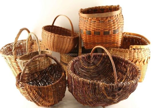 Lot of 8 Baskets