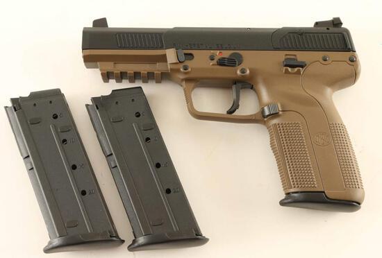 FN Five-seveN 5.7x28mm SN: 386349369