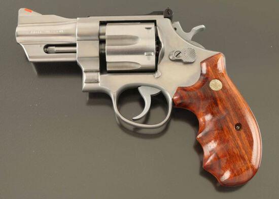 Smith & Wesson Model 624 44SPL SN: ALU0414