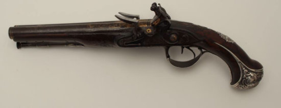 Fine Mid-18th century French SxS flintlock pistol with ornate and hallmarked