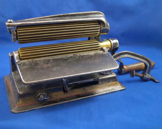 """Machine fluter, American, Ht 5 1/2"""",  brass barrels 5 3/4"""" long, base 8 1/2"""" x 5 3/4"""""""