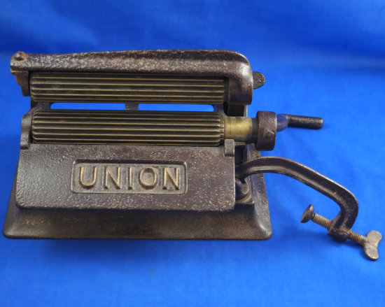 "Union machine fluter, 6"" brass rollers, pat Nov 2, 1875, July 3, 1877, reissued Mar. 23, 1880"