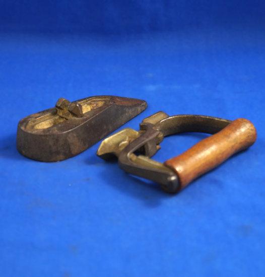 "Small ox tongue iron, detachable wood handle, Ht 3 1/4"", 4 3/8"" long"
