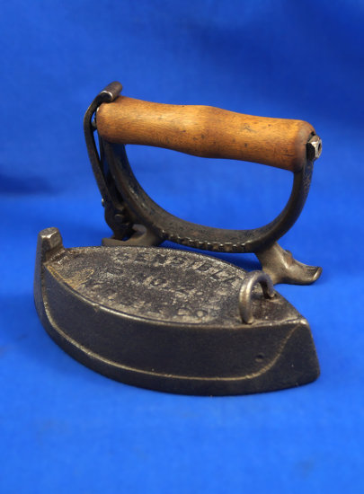 "Sensible SAD iron, detachable wood handle, No. 2,  N.R.S. & Co, Ht 5 1/2"", 6 1/4"" long"