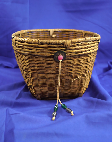 """Nicely woven 5 1/2"""" tall Basket in very good condition. Nice display item."""