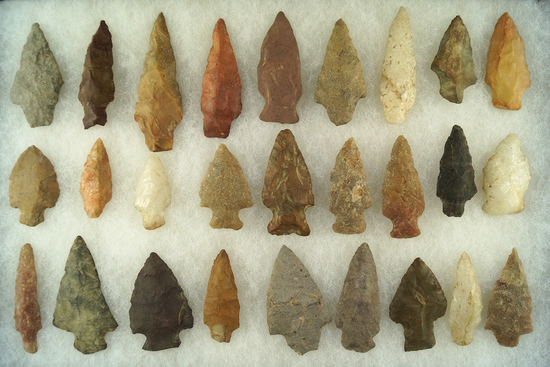 """Set of 27 arrowheads found in New Jersey and Virginia, largest is 2 3/8""""."""