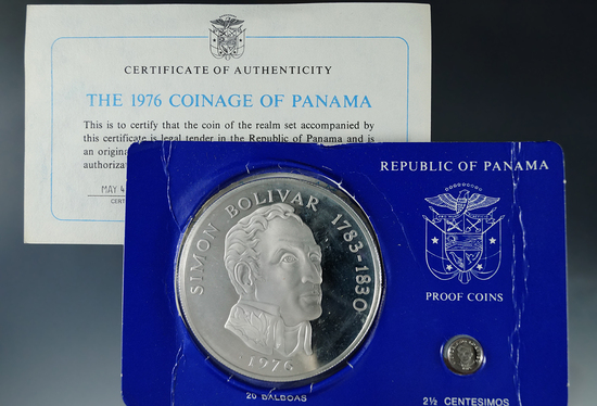 1976 Panama Sterling Silver Proof 2 ½ Centesimos and 20 Balboa in Original Box