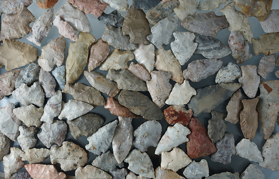 """Large group of approximately 90 mostly Flint Ridge Flint field found arrowheads, largest is 2 1/4""""."""