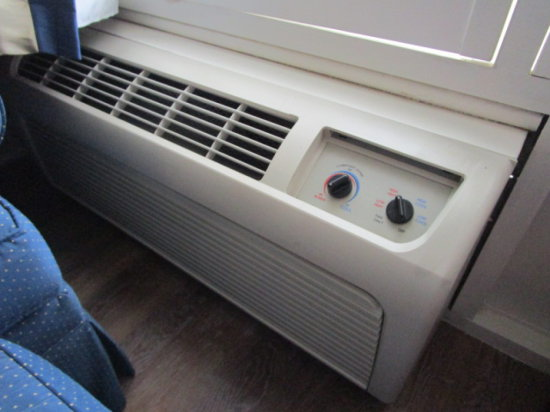 Rm 150 Amana Air Conditioning/Heat Wall Unit (Turn Dial Controls)