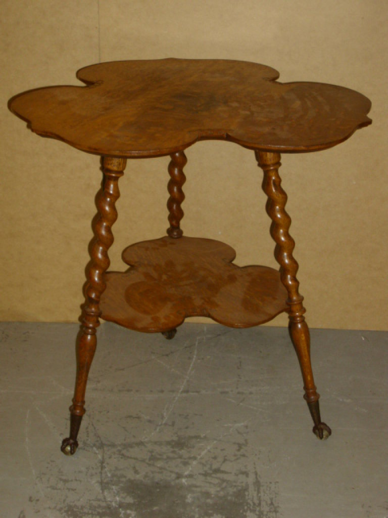 WOW!! Beautiful Antique Oak Center Table