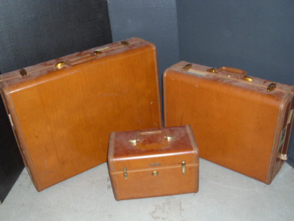 3 pc Set of Vintage Samsonite Luggage