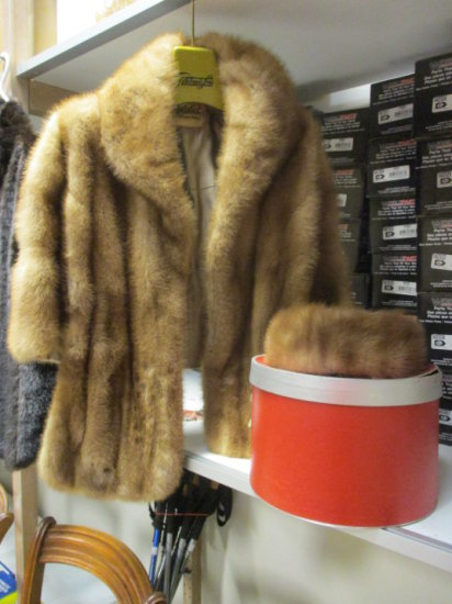 Vintage Gittelman's & Sons Fur Capelet and John Wanamaker Fur Hat