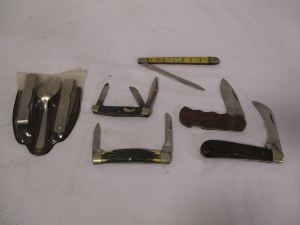 Lot: 5 Old Pocket Knives & Boy Scout of America Be Prepared