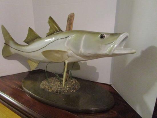 Full Body Tarpon Replica Fish Pedestal Mount with Wood Base