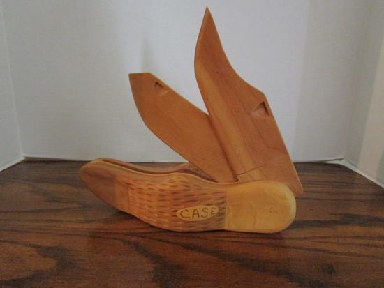 Unique Wood Hand Carved 2 Blade Case Knife