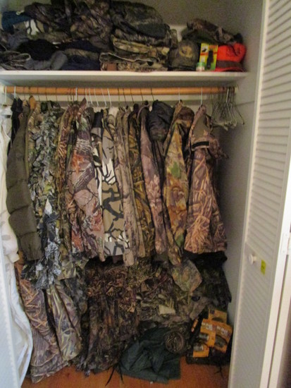 Hunter's Dream!! Closet FULL of High End Hunting Clothes-Must See to Believe