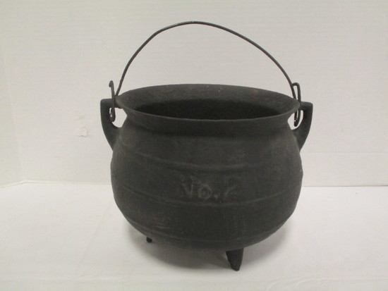 Cast Iron No. 2 Footed Cauldron
