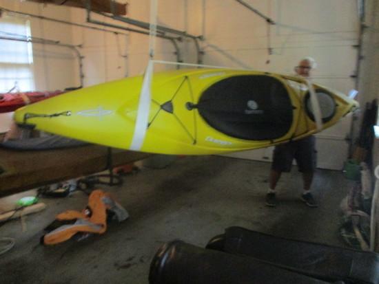 Blackwater 10.5 Dagger Kayak with Pair of Aqua-Round Paddles