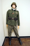 Suited Mannequin - German WWII 2nd SS Panzer Div. Pvt. of the Infantry SS-Mann Soldier w/ M42 Helmet