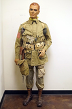Suited Mannequin - US 101st Airborne Division Captain in M42 Jump Jacket