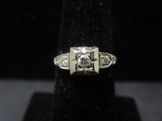 Vintage 18k White Gold Diamond Ring- Size 6.5