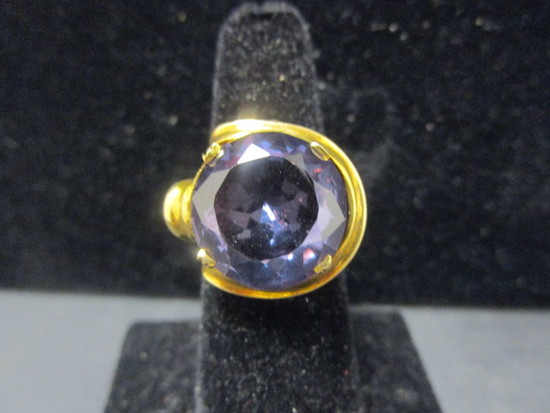 14k Gold Amethyst Ring- Size 6.5