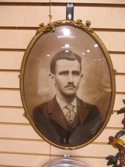 Antique Oval Bubble Glass Portrait of Wade Hampton Bryant