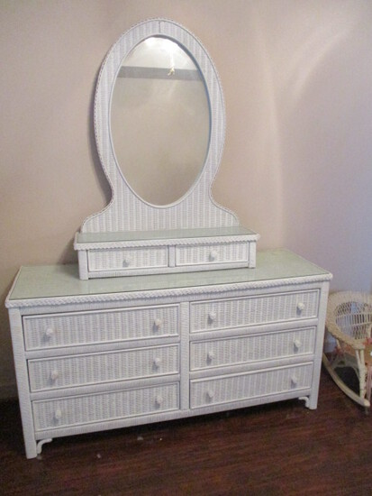 Henry Link Lexington Wicker 2 Piece Dresser and Vanity Drawer Mirror