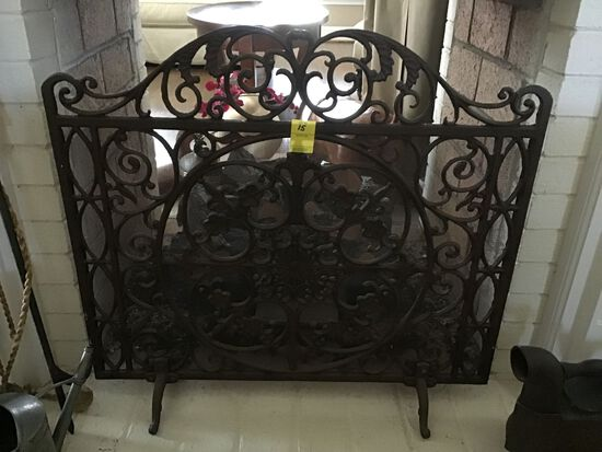 ORNATE HEAVY CAST IRON FIRESCREEN