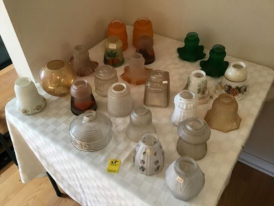 Table Lot of Vintage or Antique Mixed Glass Globes/Shades