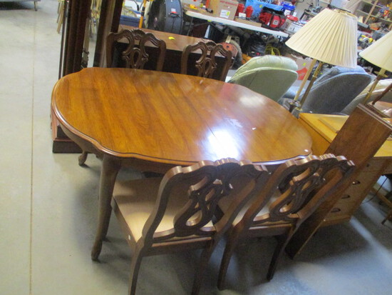 Bernhardt Dining Table, Leaf and Four Side Chairs