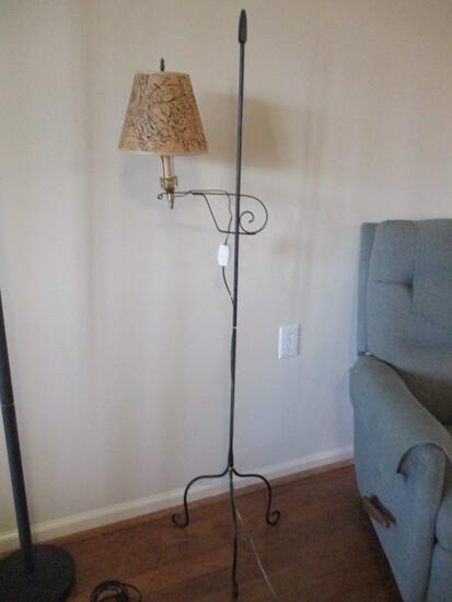 Black Metal Post Lamp
