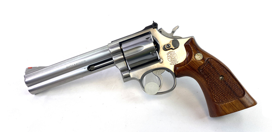 "Excellent Smith & Wesson Model 686 (no dash) .357 Mag. 6"" Stainless Revolver"