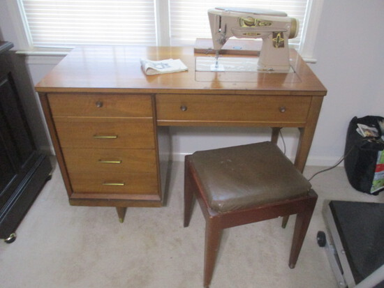 Singer 500 Sewing Machine in Mid Century Console Cabinet with Storage Bench