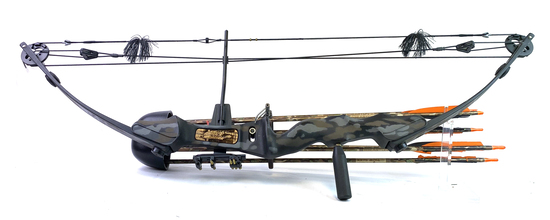 Martin Archery Inc. Lynx Magnum Compound Bow with Arrows & Camo Soft Case