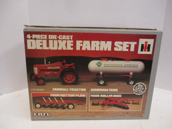Ertl HI 4-Pie Die-Cast Deluxe Farm Set