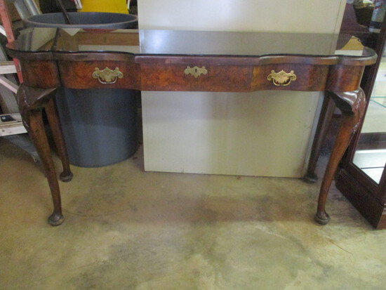Hekman Scroll Edge Console Table with Drawer