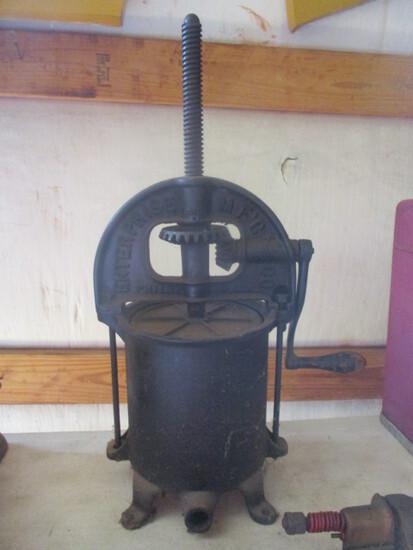 Antique Enterprise Mfg. Co. No.  1 Cast Metal Hand Crank Fruit Press