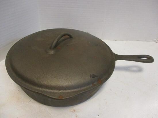 """No. 8, 10-5/8"""" Lidded Frying Pan"""
