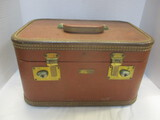 JC Higgins Train Case With Divided Tray