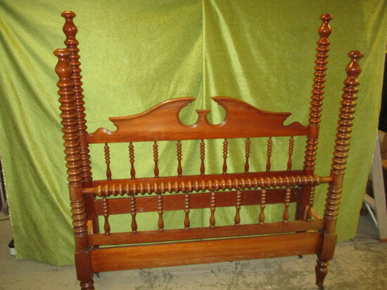 Very Nice Cherry Poster Bed w/ Rails - Brackets Not Included