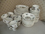 76 Pieces Wedgwood Mandarin Queens Shape China