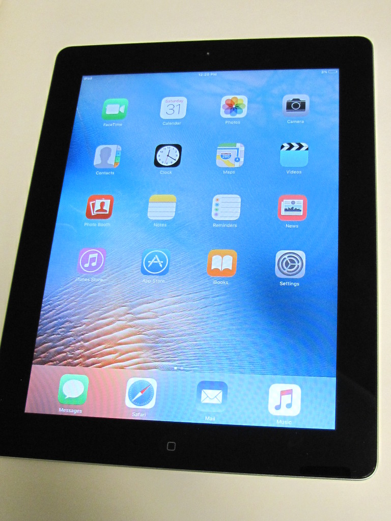 Online iPad & municipal assets absolute auction