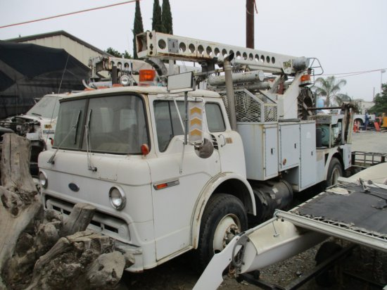 Ford 8000 COE S/A Bucket Truck,