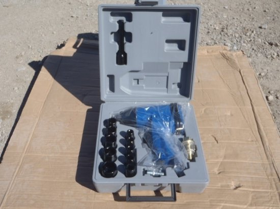 """Unused 1/2"""" Drive Pneumatic Impact Wrench Kit"""