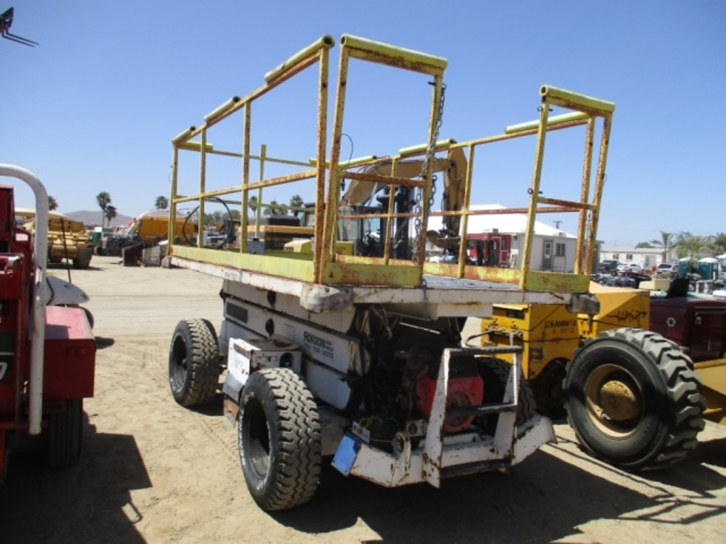 Lot: Grove SM3270 Rough Terrain Scissor Lift, | Proxibid