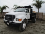 2000 Ford F750 S/A Dump Truck,