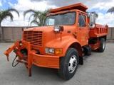 International 4900 S/A Dump Truck,